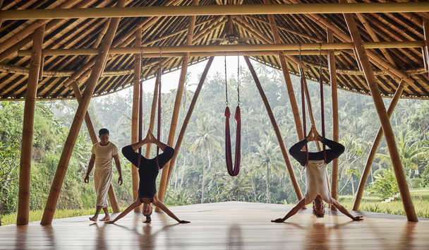 Four Seasons Resort Bali at Sayan: Anti Gravity Yoga