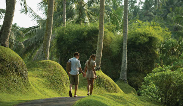 Four Seasons Resort Bali at Sayan: Garden Tour