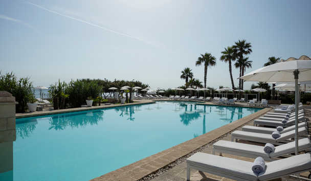 Canne Bianche: Swimming Pool