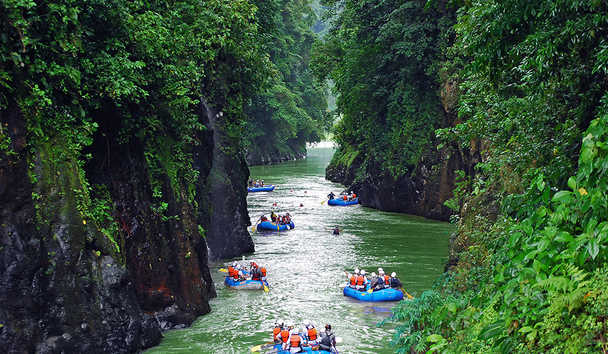 Pacuare Lodge: Rafting