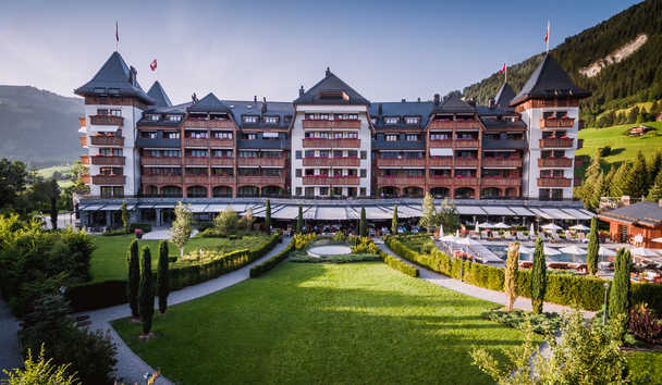 The Alpina Gstaad: Exterior