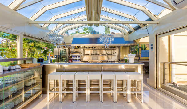 Villa El Cano: Outdoor Kitchen