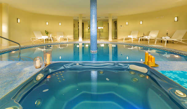 Villa El Cano: Indoor Swimming Pool
