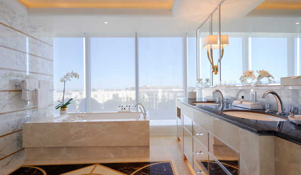 Waldorf Astoria Beverly Hills: Villa Suite bathroom