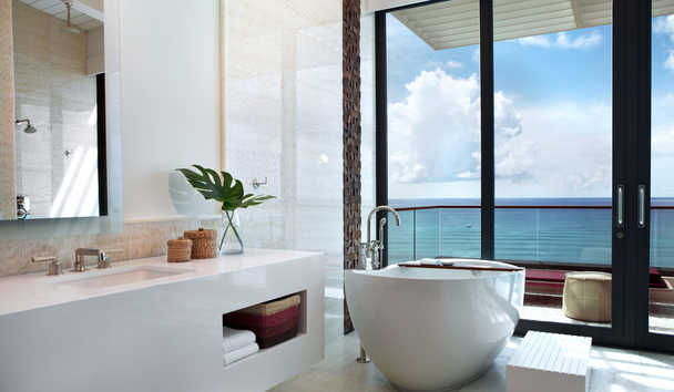Kimpton Seafire Resort & Spa: Suite Bathroom