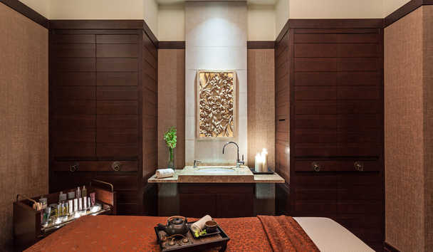 The Peninsula Bangkok: The Peninsula Spa Treatment Room