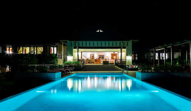 Silver Turtle: Pool and Exterior At Night