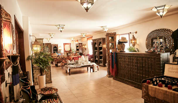 Baraza Resort and Spa: Lobby