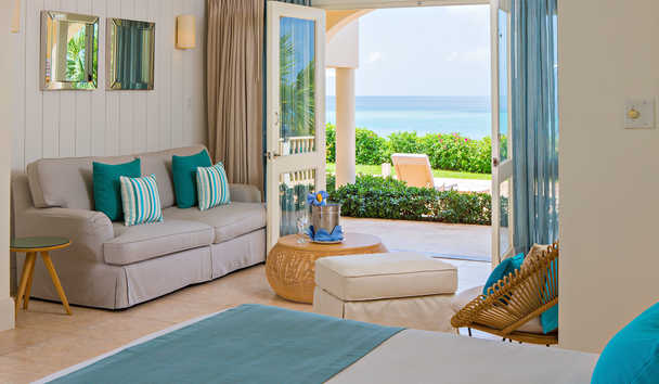 Blue Waters Resort & Spa: Deluxe Beachfront Room - Ground Floor