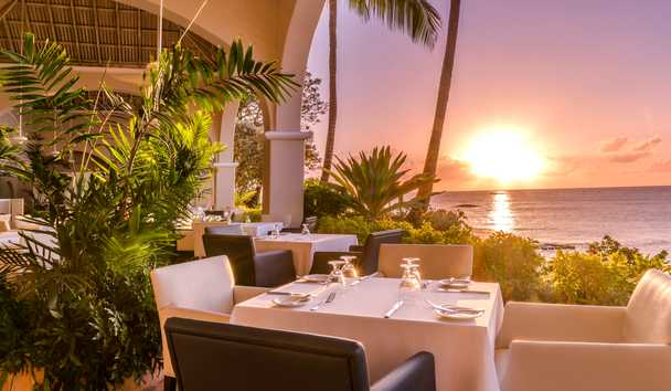 Fairmont Royal Pavilion: Palm Terrace Restaurant