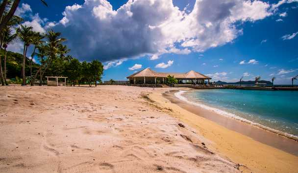 The Liming, Bequia: Beach