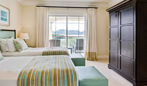 The Landings Resort & Spa by Elegant Hotels: Twin Bedroom