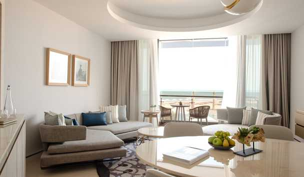 Jumeirah at Saadiyat Island Resort: Family Suite