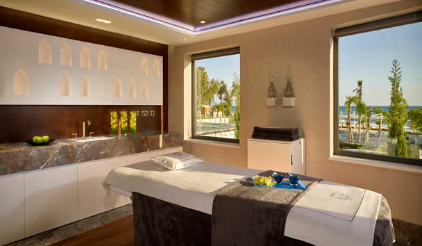 Parklane, a Luxury Collection Resort & Spa: Kalloni Spa Treatment Room