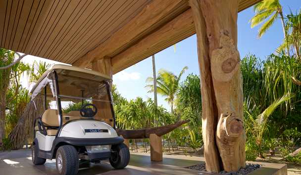 The Brando: Golf Buggy