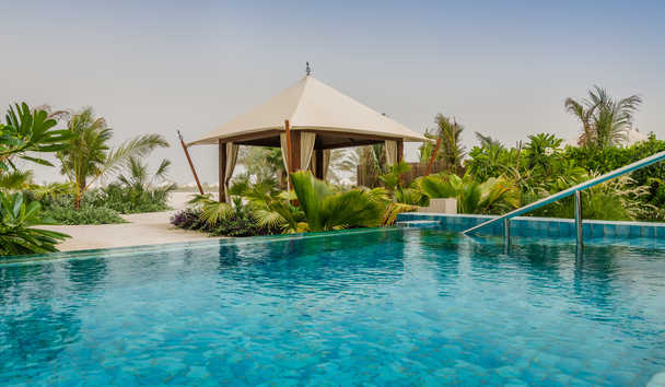 The Ritz-Carlton Ras Al Khaimah, Al Hamra Beach: Swimming Pool