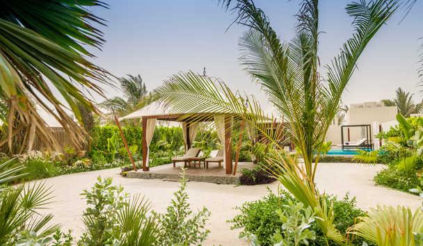 The Ritz-Carlton Ras Al Khaimah, Al Hamra Beach: Cabana