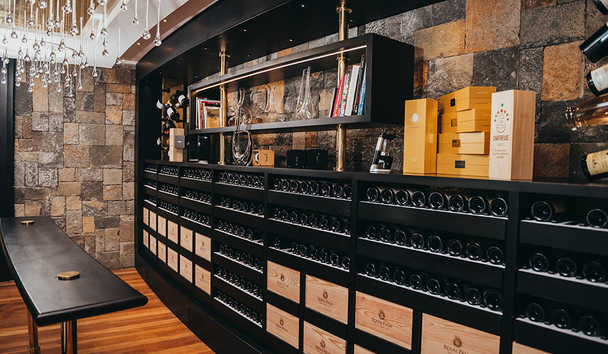 Royal Palm Beachcomber Luxury: Wine Cellar