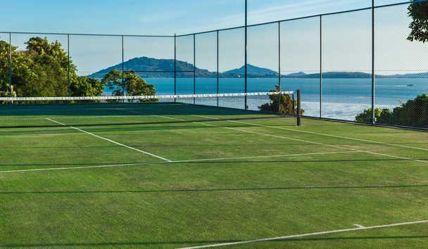 Villa Verai: Tennis Court