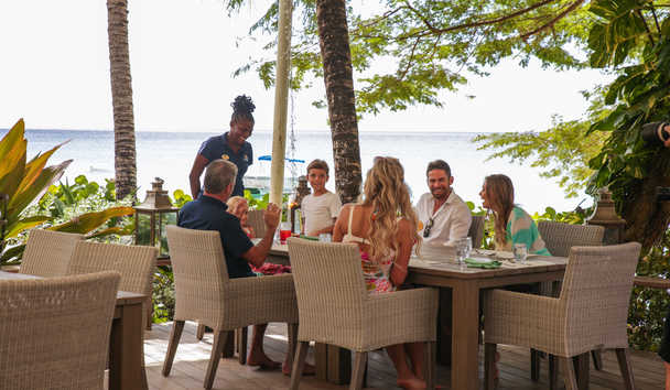 Saint Peter's Bay: Family Dining