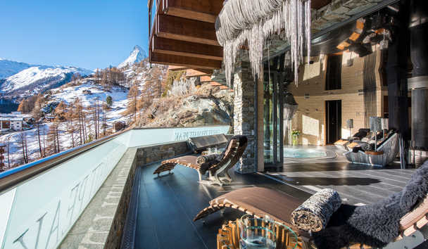 Chalet Zermatt Peak: Spa Terraces