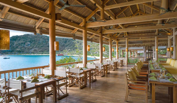 Six Senses Ninh Van Bay: Dining by the Bay
