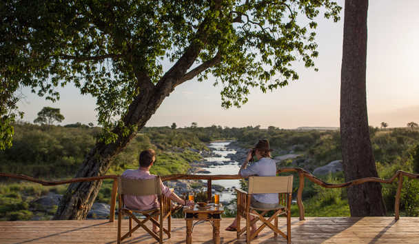 Rekero Camp: Drinks Overlooking the River