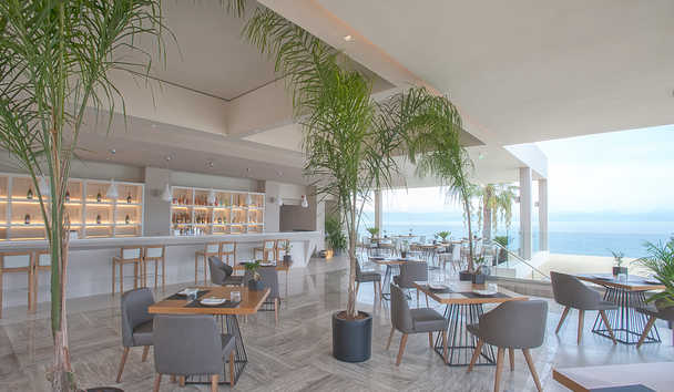 Domes Miramare, a Luxury Collection Resort: The Raw Bar