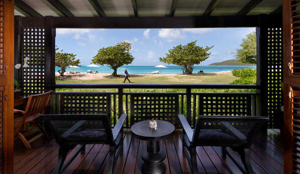 Hermitage Bay: Beachfront Suite