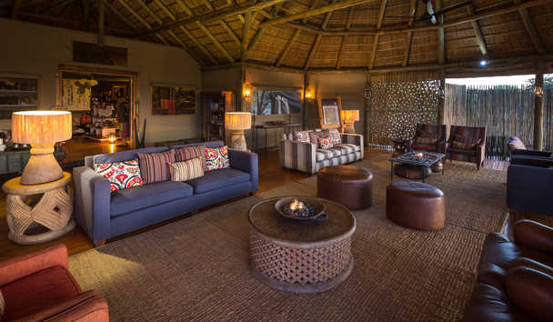 Kalahari Plains Camp: Lounge Tent